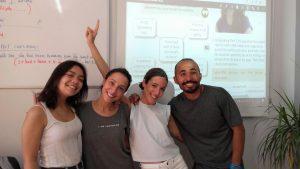 cursos intensivos de inglés en verano para adultos - clase reducida
