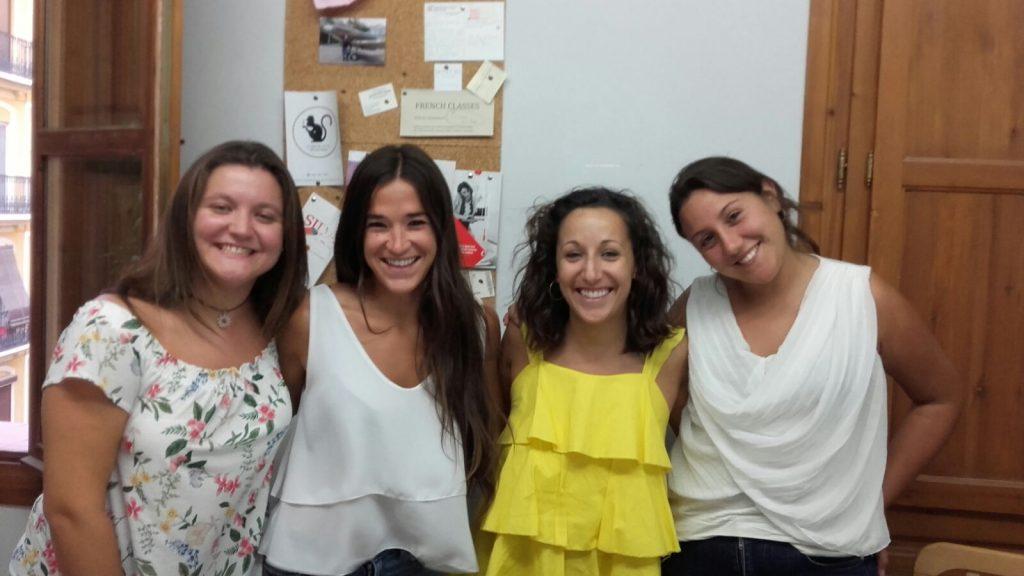 clases económicas de inglés británico en Valencia - amarillo