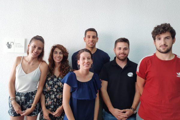 clases de inglés baratas en Valencia - amigos