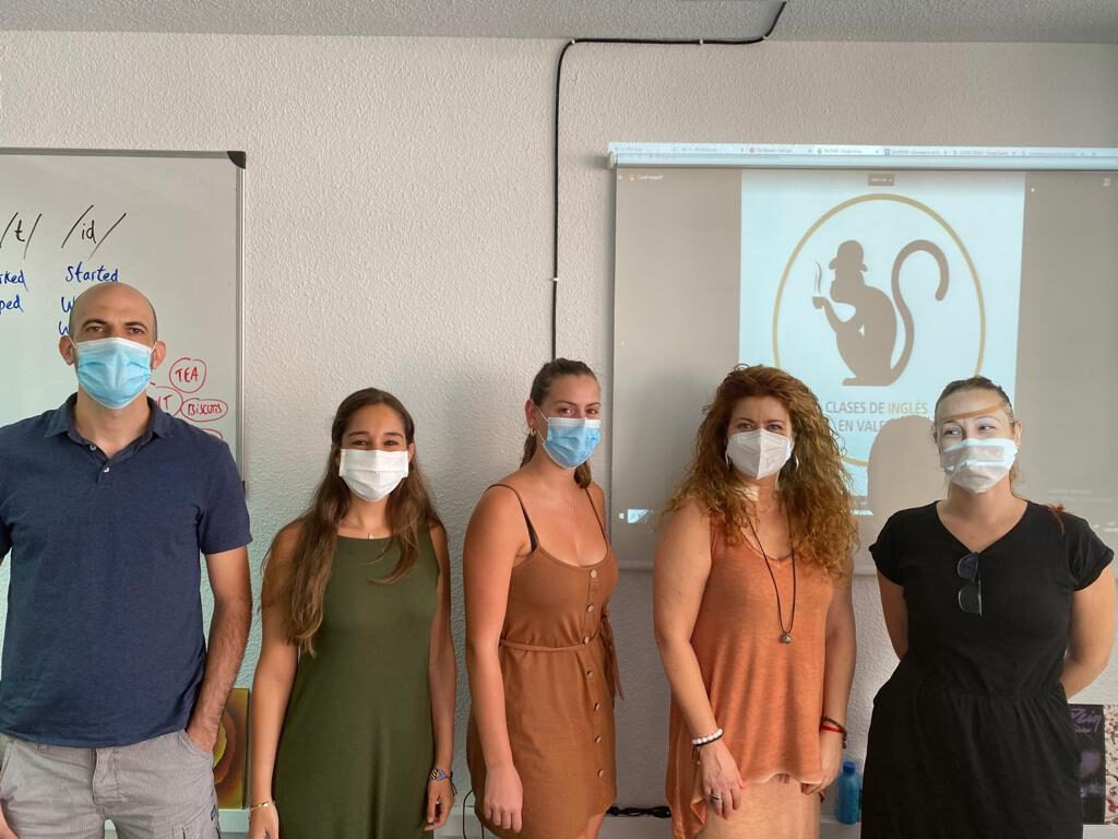 profesor de inglés nativo en Valencia - verano