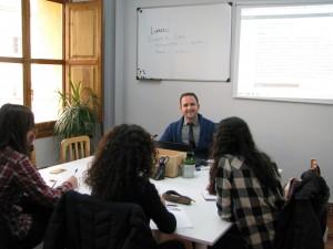 clases de inglés para grupos en Valencia - Fergus