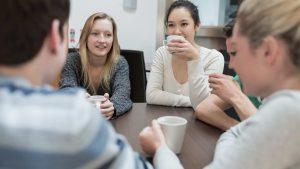 onversación en francés en Valencia - café